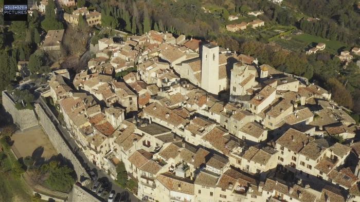Vue aérienne de Saint-Paul-de-Vence, Alpes-Maritimes, prise de vue par drone © Drone-Pictures Marseille