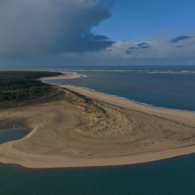 Image captée par drone de la Pointe espagnole sur la côte sauvage